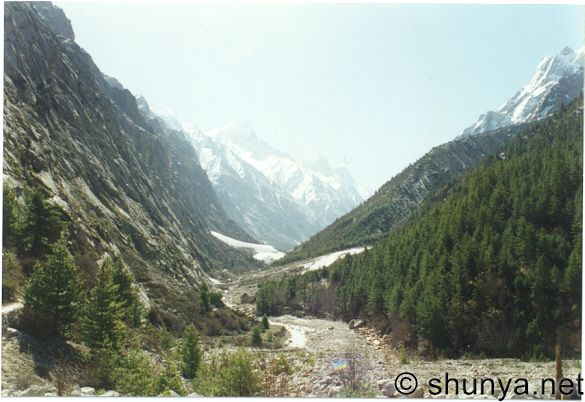 Pictures, Photos of Gangotri and Gaumukh, India
