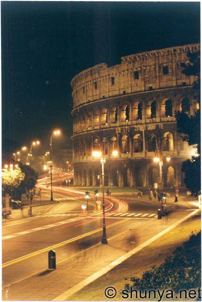 http://www.shunya.net/Pictures/Italia/colosseum.jpg