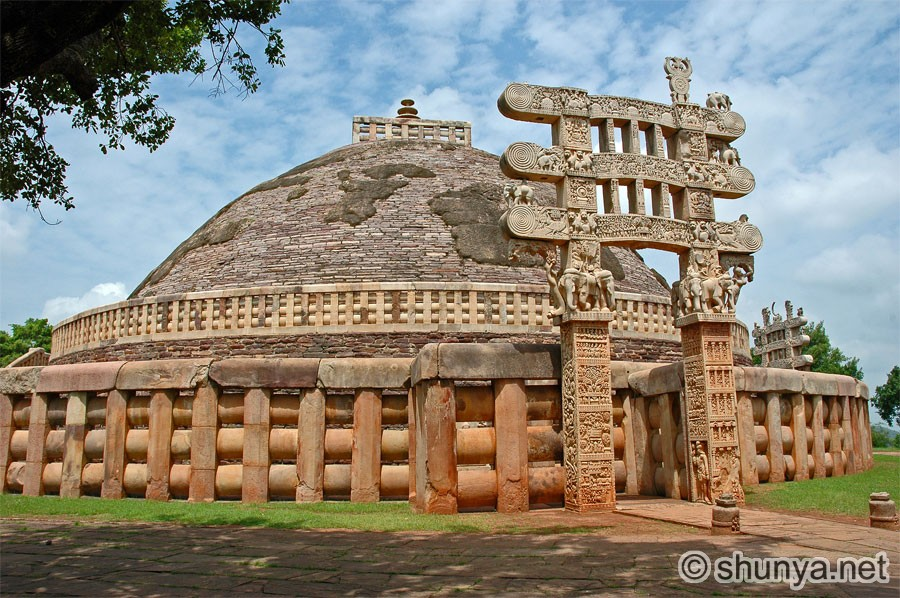 Category:Sanchi gateways : North gateway of stupa 1
