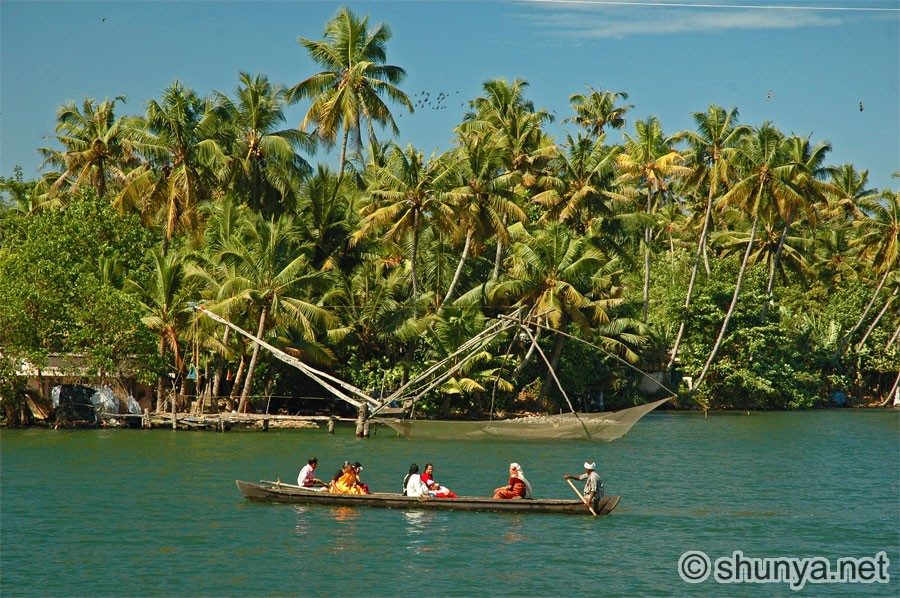 kerala backwaters india shunya
