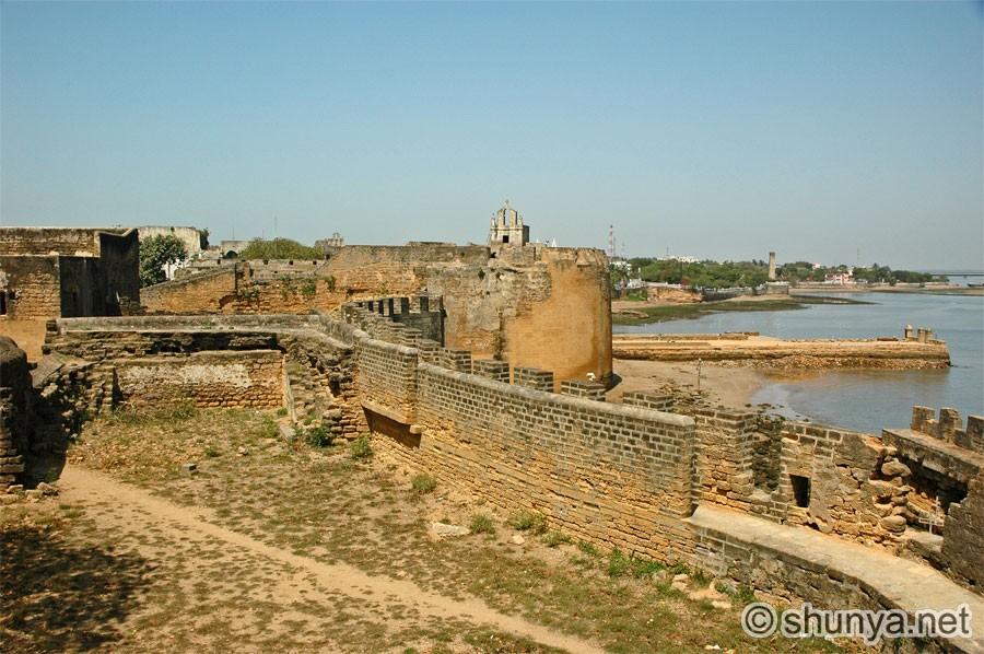 Diu India  city images : Pictures, Photos of Diu, India