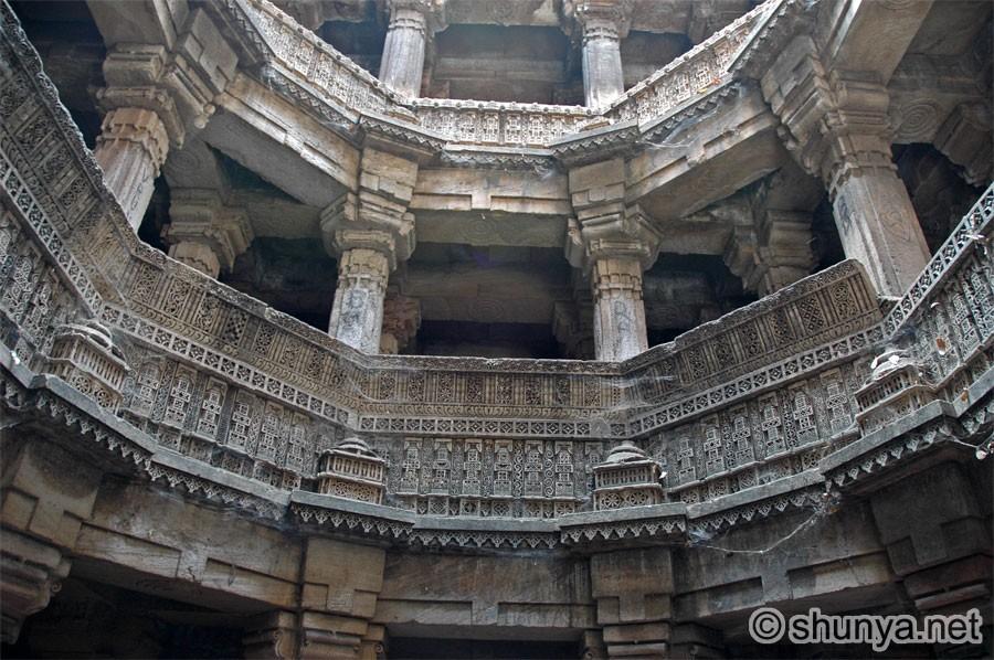 Ахмедабад. Дада Хари Вав